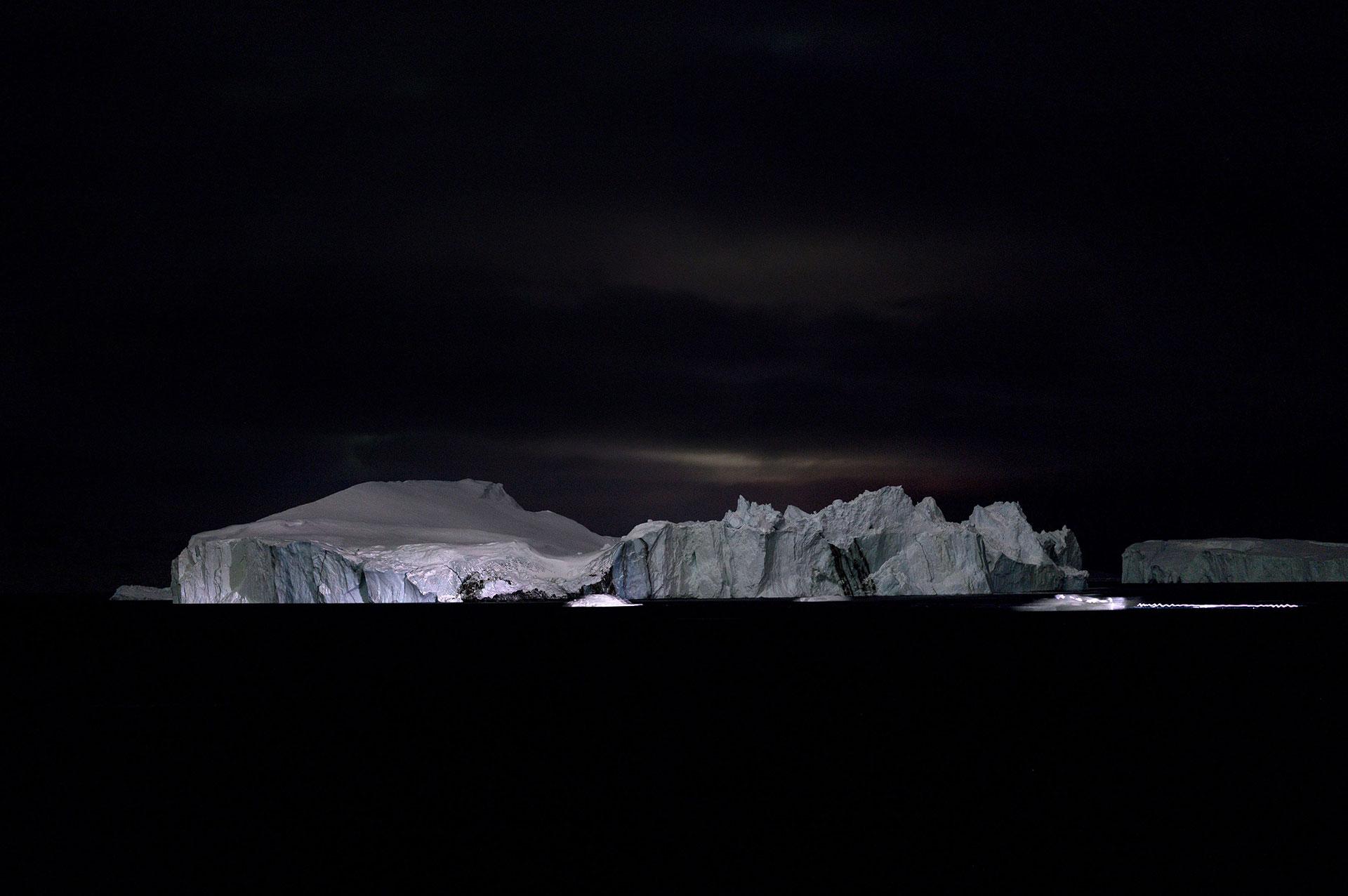 Mountains of the Sea III - Sven Nieder